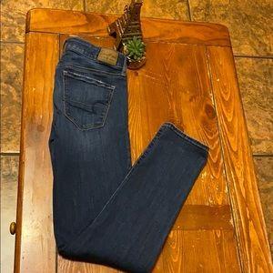 American Eagle SUPER STRECH jeans SIZE 4